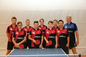 Das Team Herren 1 des DJK Sportbund Stuttgart mit Coach | Foto: DJK