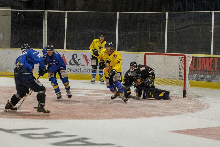Bilder des ersten Trainings der neuen Saison | Bild: Olav Schnier / Stuttgarter Eishockey-Club e.V.