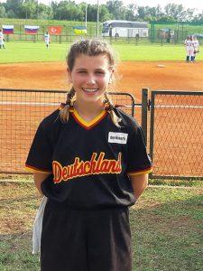 Jessica Weil spielt für Deutschland bei der U16 Softball-EM in Zagreb/HR | Foto: Stuttgart Reds