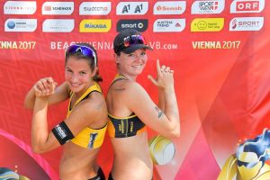 Das Stuttgarter Beachvolleyball-Nationalteam Chantal Laboureur/Julia Sude: Foto: Tom Bloch (www.tombloch.de)