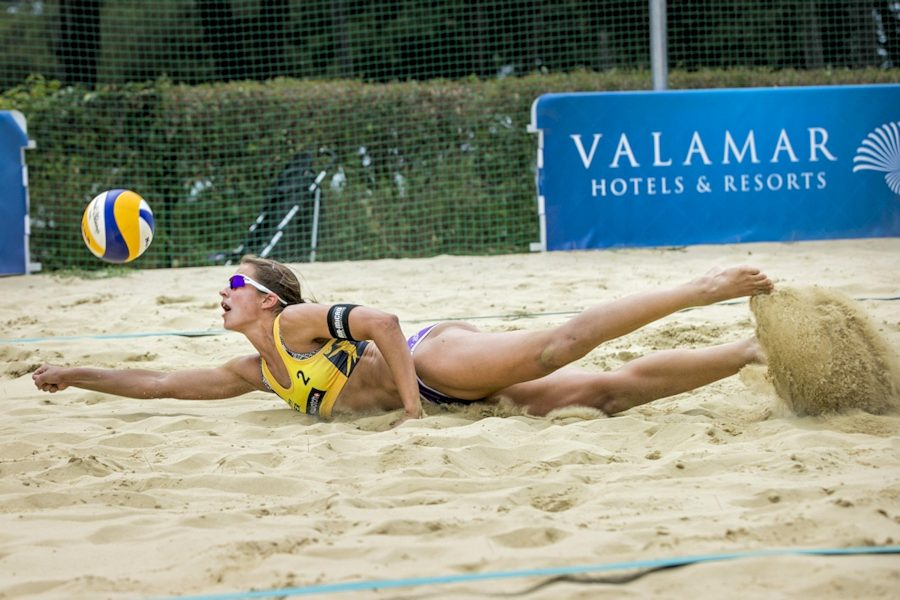 Beachvolleyball-Team Chantal Laboureur/Julia Sude beim Turnier in Poreč (Foto: Samo Vidic)