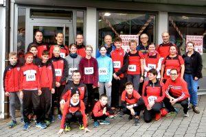 Die Gruppe der Sportvg-Athleten beim Silvesterlauf | Foto: Sportvg