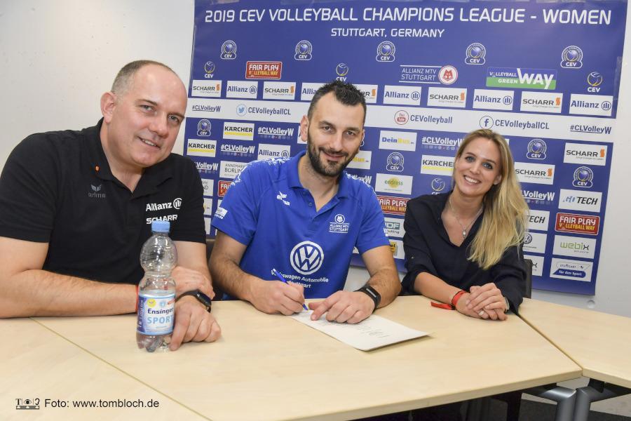 Giannis Athanasopoulos verlängert seinen Vertrag | Foto: www.tombloch.de