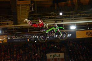 Die Freestyle-Show war wieder spektakulärer Abschluss am Freitagabend (Quelle: Uli Gasper)