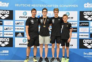 v.l.: Trainer Marius Müller, Hannes Schenke, Max Schenke, Ben Vester (Foto: TBC)