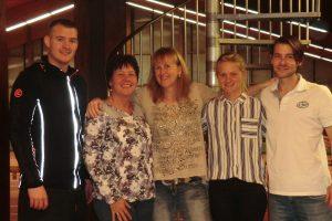 Siegerbild (v.l.): Daniel Krämer, Claudia Hautmann, Yvonne Schwarz, Lisa Stein und Simon Bender (Foto: Verein)