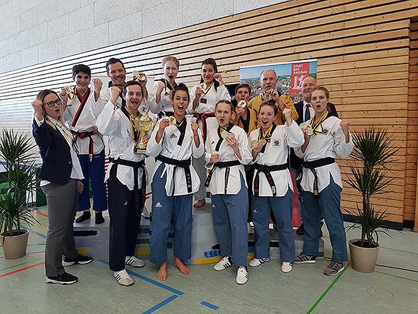 Die TKD-KämpferInnen bei der BW Poomsae Meisterschaft in Bad Saulgau   Foto: TKD