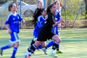 Die B-Juniorinnen des TSV gegen Obertürkheim (Foto: TSV)