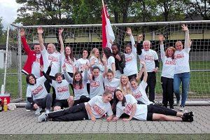 Die TSV-B-Juniorinnen feiern die Meisterschaft 2017 (Foto: TSV)